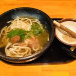 四ツ谷胡桃屋 - 夜鳴きたぬきうどん(720円)