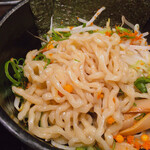 ら~めんBUBU - 太ちぢれ麺