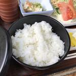 Airisu - 定食のご飯(仁多米コシヒカリ)