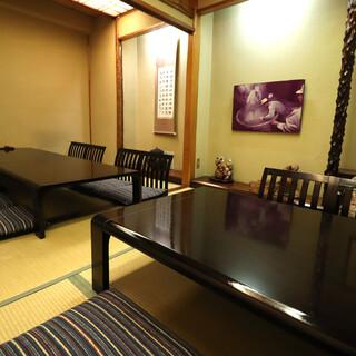 ご宴会に最適なお座敷個室を完備。接待など特別な日にもおすすめ