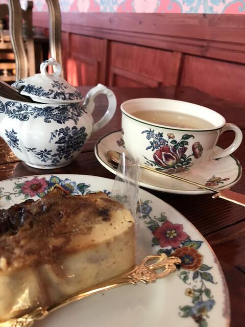 ル パンデモニウム - パンブリュレ、自家製マーマレードのシトラス茶