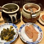 博多天ぷら やまみ - 食べ放題の明太子と辛子高菜