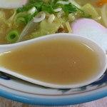 味楽食堂 - 特チャンポンのスープにはとろみがついています