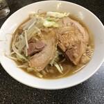 山次郎 - 小ブタ