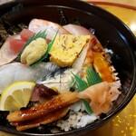Uohachizushi - 海鮮丼(並)