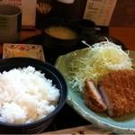 きっちん かつ嘉 - ロースかつ定食¥1000
