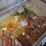 めぐみ水産 - 冷蔵ケース