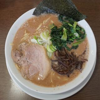 うまいヨゆうちゃんラーメン - 料理写真:ラーメン