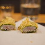 天ぷら割烹 ろく - 真鯛梅しそ包み