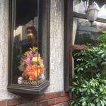さぼうる 2 - 店舗の出窓