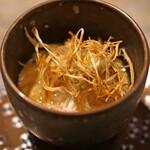 長谷川 稔 - 鳥取県浜坂の松葉がにの茶椀蒸し