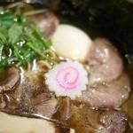 麺らいけん - 醤油肉そば 800円