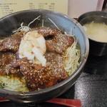 どんぶり本舗 - 名古屋名物みそカツ丼