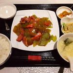 125470170 - 「鴨肉と季節野菜の炒め」(1,000円税込)