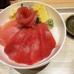 魚力食堂 - 本鮪と目鉢鮪の鉄火丼(小盛)(上から)(2020.1)