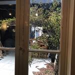 プルミエ・エタージュ - 店内からの風景
