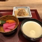 アコメヤ食堂 - 副菜2品と枡豆腐