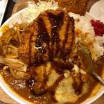 キッチン 男の台所 - このソース(普通のかな)の酸味がカレー、カツ、焼肉と三位一体にしてくれる
