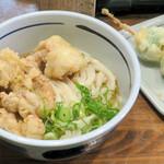 Oniyamma - 冷「並盛」とり天ぶっかけ450円に、日替わり限定の芽キャベツ天150円