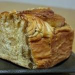 グランボワ - 料理写真:メープルロールアップ