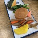 市五郎寿し - おまかせ定食1200円