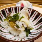 125510125 -  鮑(雌貝)の土鍋ご飯