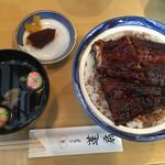 蓬扇 - 料理写真:上鰻丼3100円です