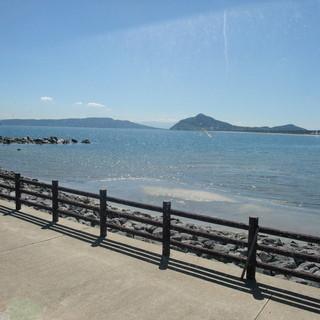海を眺めながらごゆっくりと足をのばしてお楽しみくださいませ☆
