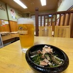 お好み焼き もり - お好み焼き もり@岡山 生ビール 一番搾りとパクチーのおひたし