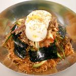 熱風食堂Typhoon - ビビン麺