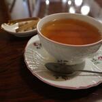 125541650 - 紅茶