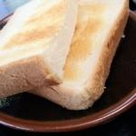去来庵 - セットのパン