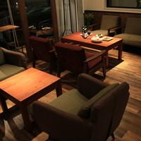 オリエンタルレシピカフェ - 人気の【ソファー席】!夜はお酒を飲みながら、カフェタイムは自家製スイーツとオリジナル中国茶でまったり☆