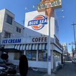 ブルーシールアイスクリーム - 【2020.2.6】店舗全容。
