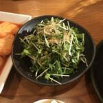 炭火マルイチ - 薬味サラダ