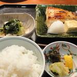 和の菜彩 さとう - 銀だら味噌漬け定食(1500円)、あら汁を撮り忘れました