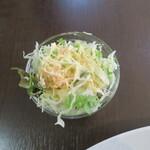ヒマラヤ食堂 - サラダ付き