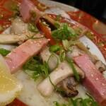 かき小屋袋町 海平商店 - 牡蠣ベーコン