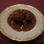 シェ・ワタナベ - メイン:鶏肉の煮込み
