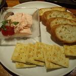 旬菜酒房 彦べえ - プルプル明太チーズ豆腐(580円)