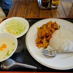 タイレストラン ムートーン - ガイパットメッマムアン(鶏肉のカシューナッツ炒め) 500円
