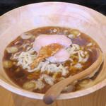 鶏そば かづキ - 料理写真:追い煮干しそば800円