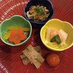優雅亭 盛山 - 前菜盛り合わせ イカと長芋、しめじのマリネと牡蠣、子持若布など