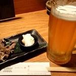 沖縄料理 馳走屋 楽 - お通し(ジーマミ豆腐と牛肉の炊き合わせ)\300 / オリオン生 ¥550