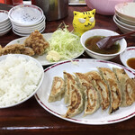ぎょうざや - 料理写真:サービスセットC 880円(税込)
