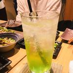 個室 肉炉端居酒屋 九州うまか屋 - ドリンク写真:マスカットサワー