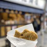 鳴門鯛焼本舗 - スマホのカメラ機能の進化がスゴい笑