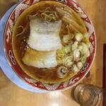 らーめん秋田 ひない軒 - 醤油ラーメン