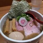 niboshichuukasobasuzuran - 特製煮干し中華そば