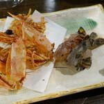 旬鮮居食屋 知花冷凍食品 - 車海老のお造り 頭はカラッと唐揚げで